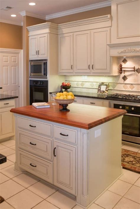 custom design kitchen islands 25 best custom kitchen islands ideas on pinterest dream kitchens large kitchen design and
