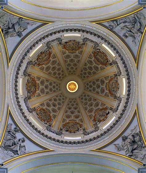 cupola bernini l interno della cupola della collegiata di san tommaso da