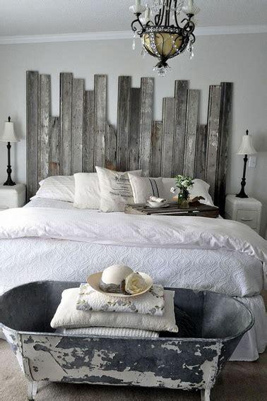 faire une tete de lit avec une planche en bois fabriquer une t 234 te de lit en bois de r 233 cup originale