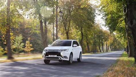 Mitsubishi Motors 2019 by Outlander Phev 2019 Mitsubishi Motors Nederland