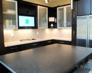 Blind Corner Pullout Maple Rohe Espresso Cabinets Silver Pearl Granite