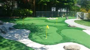 backyard golf course minigolf in your backyard precision greens
