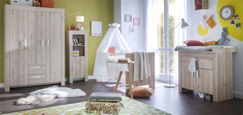 Babyzimmer Holz