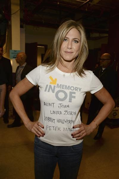 10 Reasons To Aniston by 10 Reasons Why We Aniston For