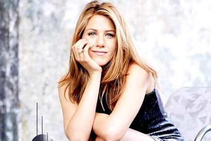 Jen Anistons 5 Million Tell All by Aniston To Endorse Emirates Airline For 5 Million