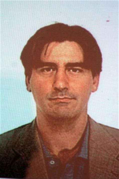 ufficio postale via canova bologna arrestato l architetto bandito era vestito come gangster