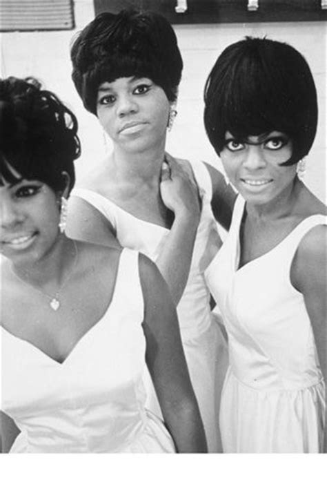 black hairstyles in 1960 13 best motown women s fashion images on pinterest diana