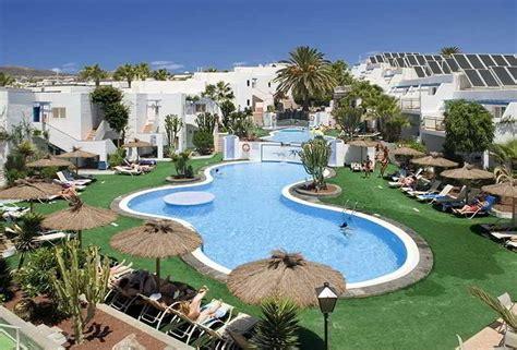cheap holidays  parque tropical apartment lanzarote puerto del carmen