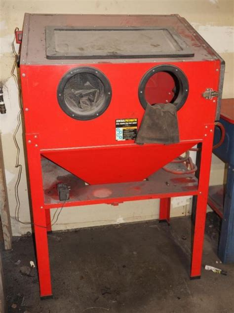 central pneumatic blast cabinet central pneumatic 40 lb capacity floor blast cabinet parts