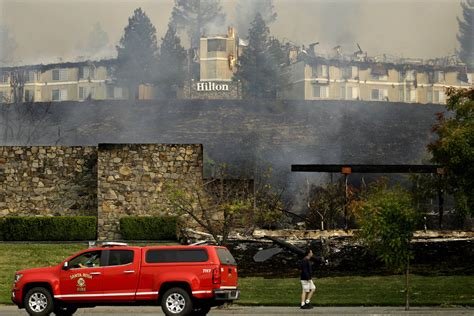 California Fires Drive From Homes To Hotels by 10 Dead 1 500 Homes Burned In California Wine Country