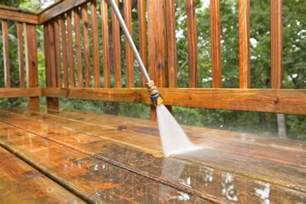 Cleaning A Patio With A Pressure Washer by How To Power Wash A Wood Deck