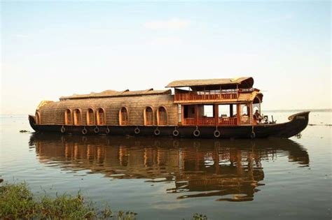 boat house rent in kerala kumarakom travel guide useful information to visit kumarakom 3 reviews