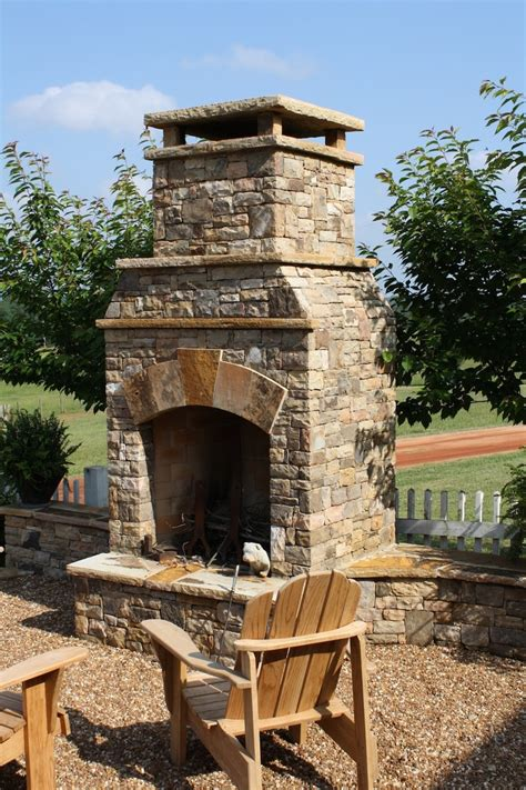 Outdoor Stacked Fireplace by 30 Best Images About Fireplace On Outdoor