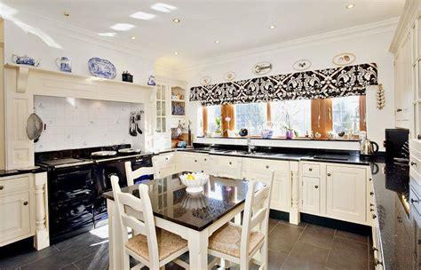 beige kitchen with grey blind kitchens kitchen ideas beige blinds kitchen design ideas photos inspiration