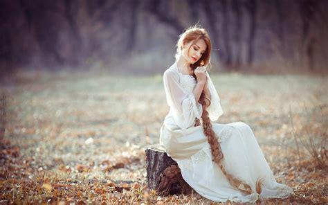 wallpaper girl dress white dress girl sitting on stump long blonde hair