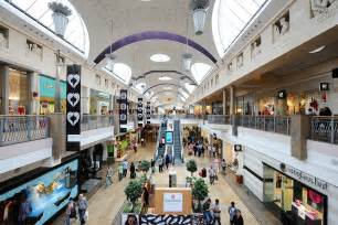Shopping Centre Christmas Decorations - bluewater kent traffic causes five hour wait for christmas shoppers metro news