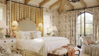 country cottage bedrooms 15 country cottage bedroom decorating ideas home design