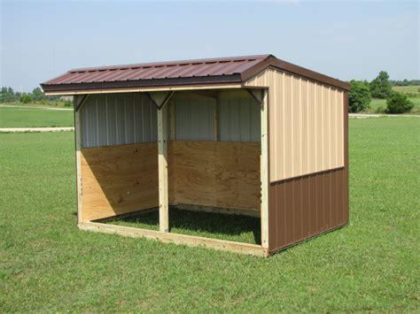 horse run  shed  tack   feed room