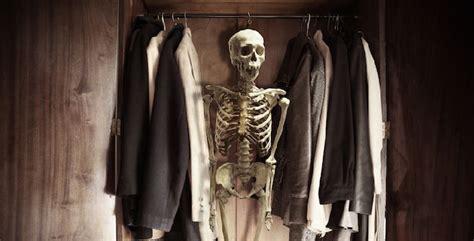 scheletro nell armadio uno scheletro nell armadio scopri perch 233 tutto misteri