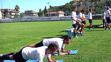 allenamento da portiere di calcio allenamento portiere calcio a 11 28 images allenamento