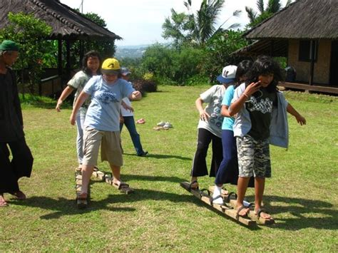 Permainan Pukul Kayu Untuk Anak Anak Murah mimpi belajar dan tersenyum ilmu untuk masa depan