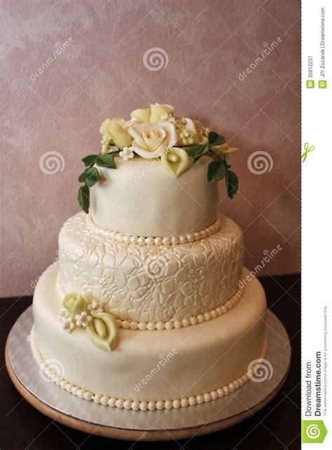 hochzeitstorte marzipan wedding cake royalty free stock photography image 30812237