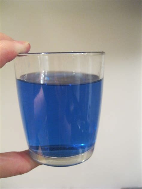 food blue blue food coloring in water www pixshark images galleries with a bite