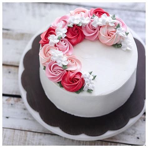 pattern cakes pinterest buttercream cake designs best 25 buttercream birthday cake