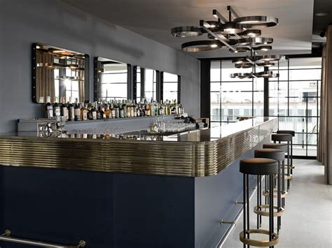 terrazza dsquared ceresio7 aperitivo con piscina e design