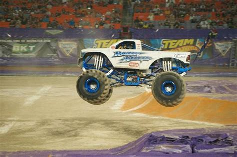 Photo Gallery Monster Truck Jam Jan 3 2015 Miami Herald