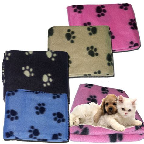 Blankets With Dogs On Them by New Paw Print Pet Soft Fleece Blanket Dogs Puppy Cat