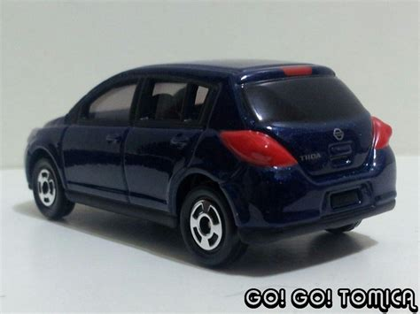 tomica nissan march go go tomica nissan tiida latio