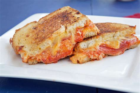 grilled cheese 8 reasons grilled cheese is the best