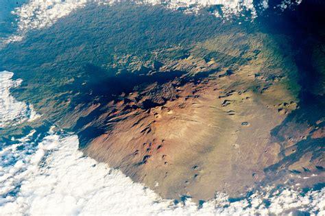 mauna kia mauna kea volcano hawaii image of the day