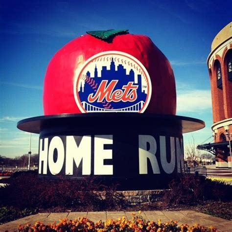the ny mets home run apple ny mets