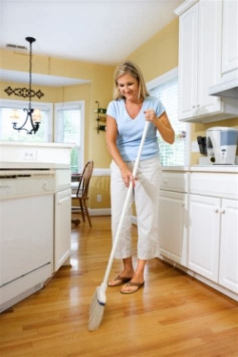 best way to clean kitchen floor what is the best way to clean laminate wood floors dengarden
