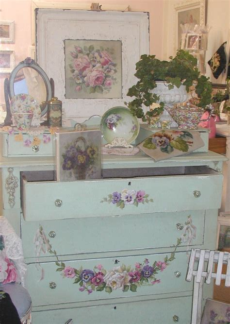 17 best images about shabby chic vignettes on pinterest
