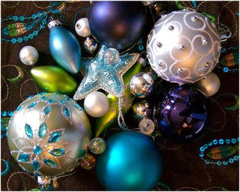 pretty ornament colors santa claus is coming to town