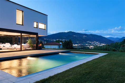 illuminazione piscine illuminazione piscine saronno prealpipool costruzione