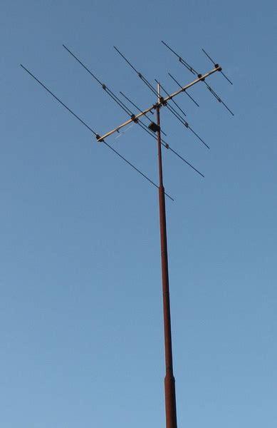 high tv antenna tv antenna masts tv antennas brisbane