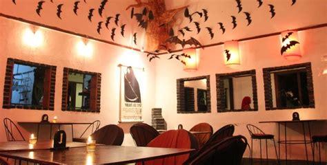 tempat makan enak  bogor  menyajikan keunikan desain