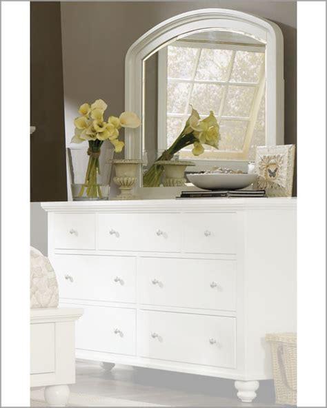 aspen cambridge bedroom set aspen cambridge dresser mirror asicb 462 bch
