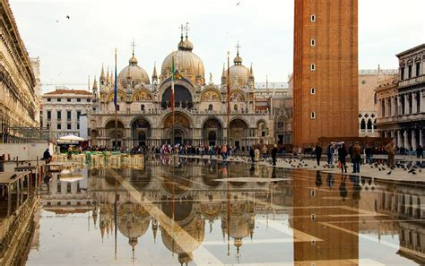 piazza san marco in venice italy wallpapers and images wallpapers pictures photos