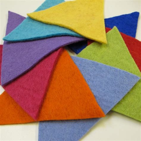 with felt is it possible to simulate materials with fiber plush or