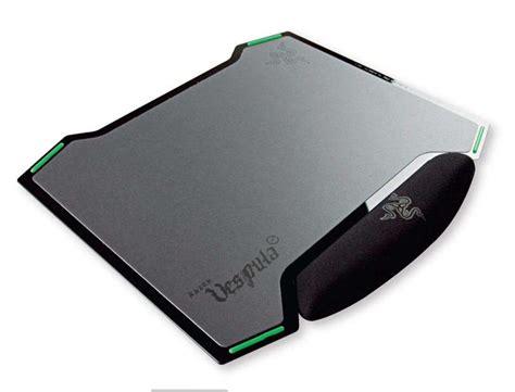 Mouse Pad Razer Vespula razer s vespula mouse mat it s flat pc tech authority