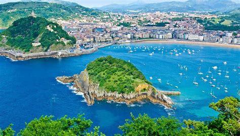 top    tourist places  visit  europe
