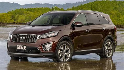 kia soorento 2015 kia sorento platinum review road test carsguide