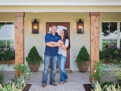 fixer upper season 5 this is the real reason chip and joanna gaines are leaving