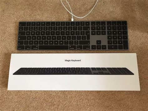 apple space grey magic keyboard  numeric keypad