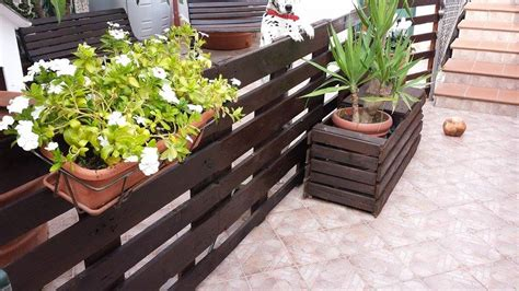 Garden Fence Planters by Pallet Garden Fence With Planter Pallet Ideas Recycled